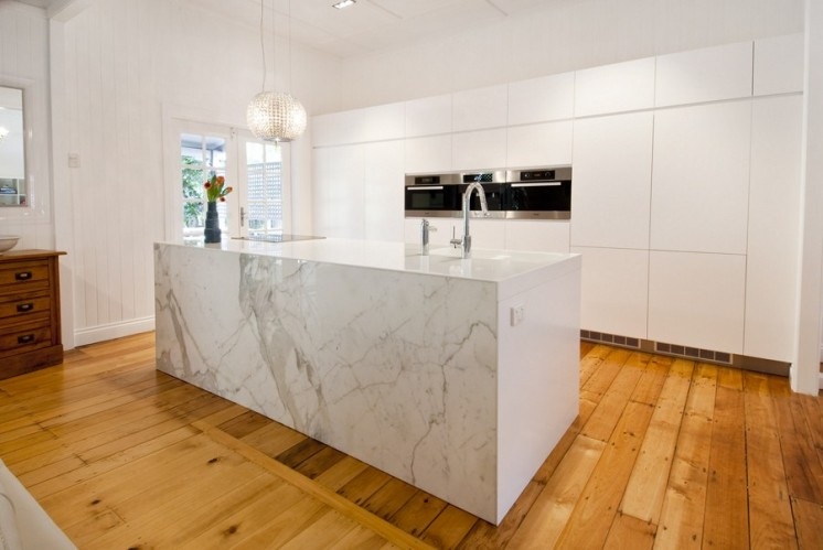 3-stunning-kitchen-marble-island-feature-copy